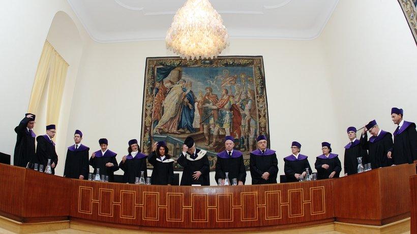 Die unabhängige Justiz und die IB